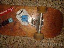 Skateboard + pouzdro