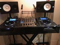 2x Pioneer CDJ-2000 Nexus & 1x DJM-900 Nexus