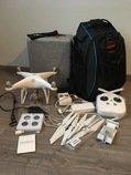 dron DJI Phantom 4 + batoh + příslušenství