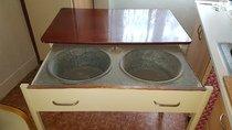 Starý mycí stůl
